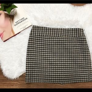 Houndstooth Wool Blend Mini Skirt